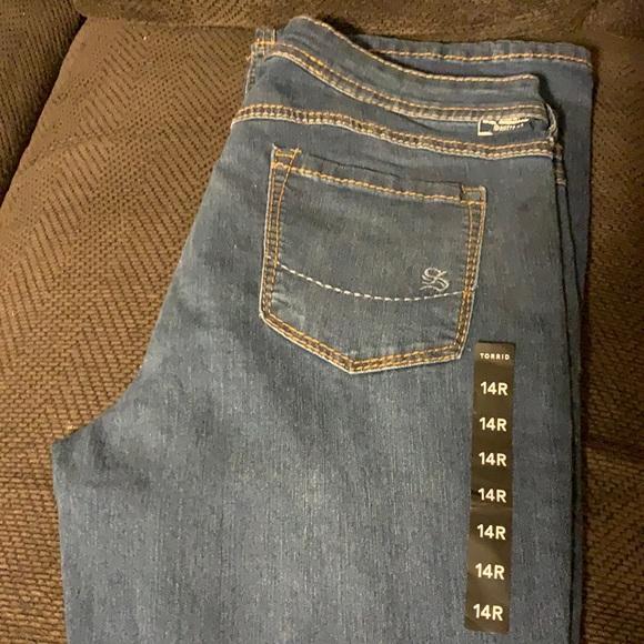 Torrid Slim boot jean 14r